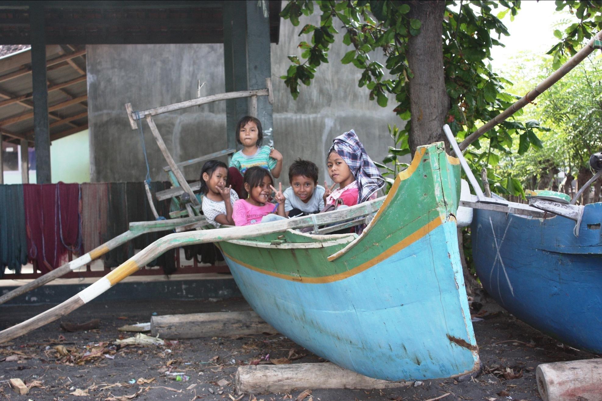 Lombok kids