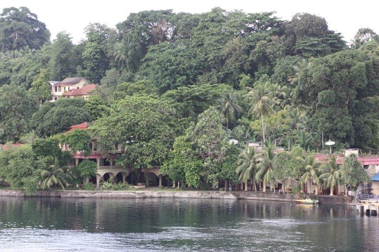 Maulana hotel Banda Neira