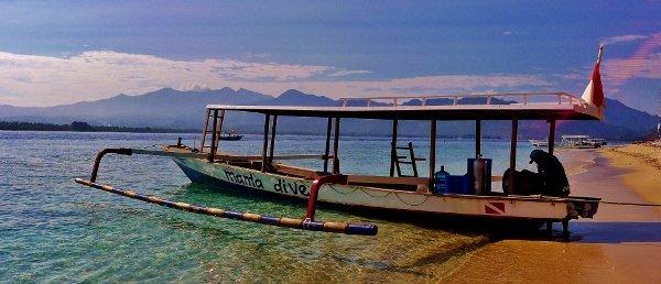 Manta dive gili air accommodatie indonesi merapi tour travel - Manta dive gili air resort ...