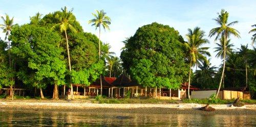 Maluku Divers resort