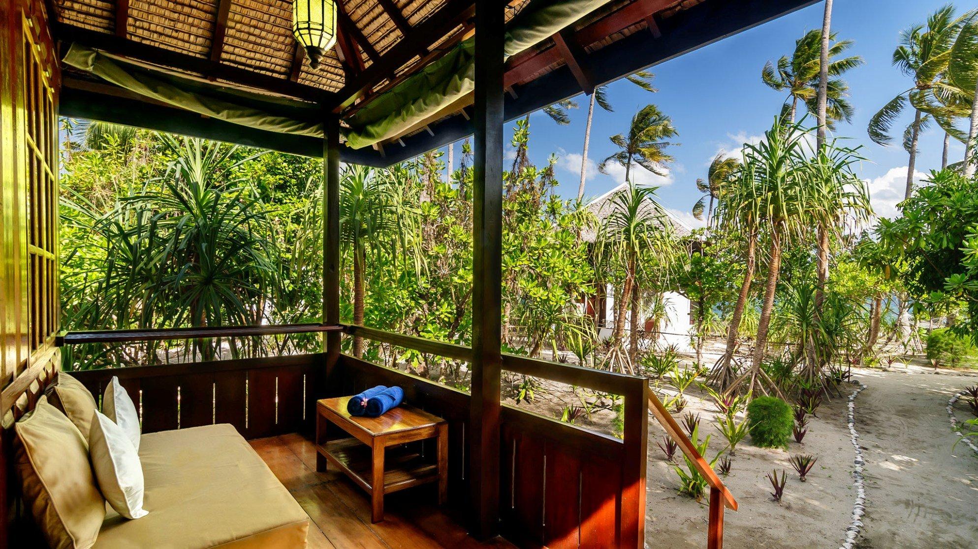 Wakatobi Palm bungalow