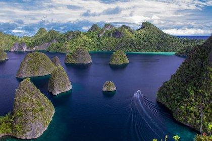 Karst islands Misool