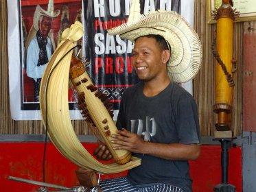 Timor - Sasando